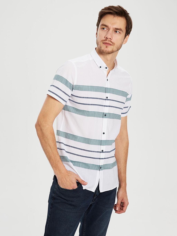 Beyaz Slim Fit Çizgili Kısa Kollu Gömlek 0S4918Z8 LC Waikiki