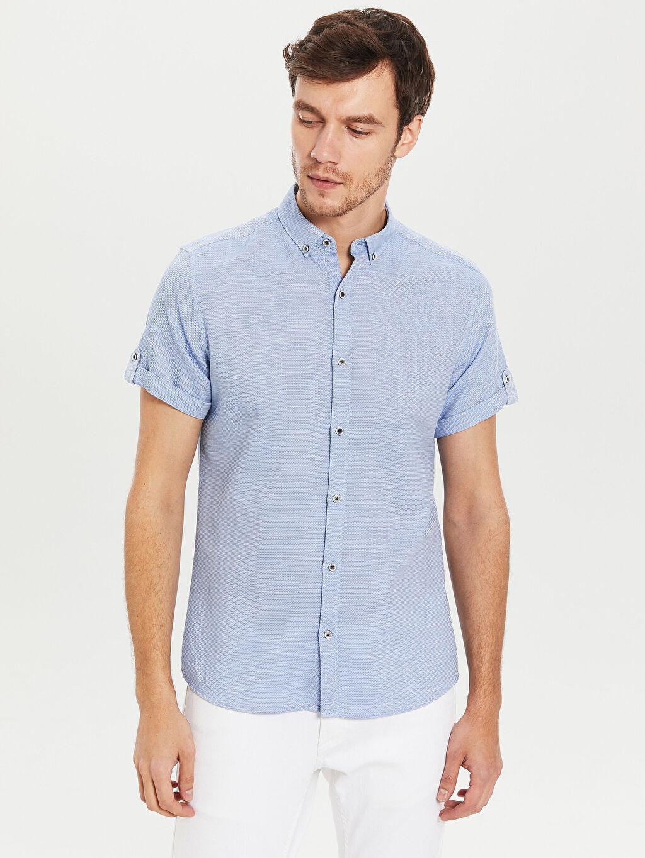 Mavi Slim Fit Kısa Kollu Armürlü Gömlek 0S5180Z8 LC Waikiki
