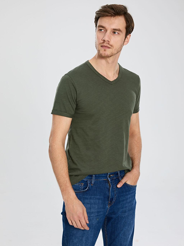 Erkek V Yaka Basic Kısa Kollu Tişört