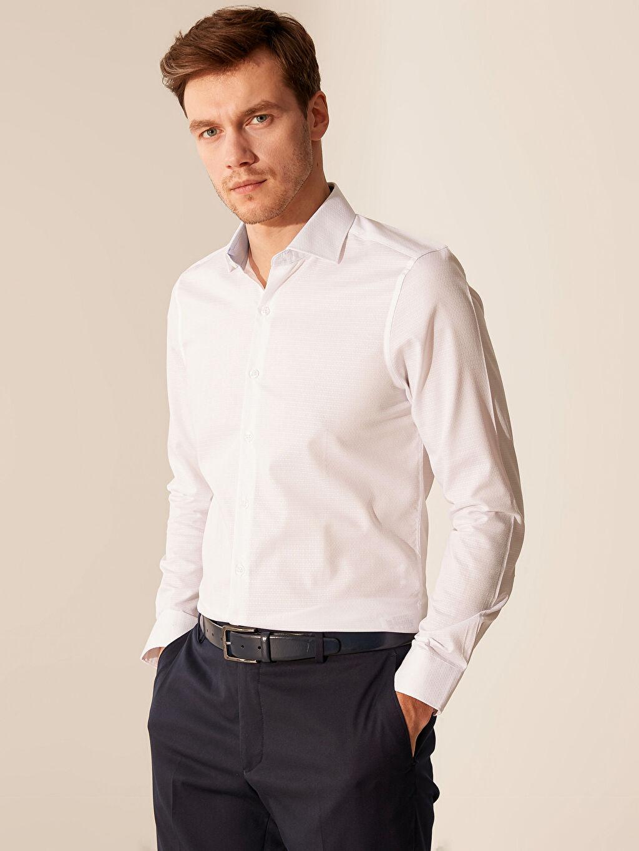 Beyaz Slim Fit Armürlü Gömlek 0S8306Z8 LC Waikiki