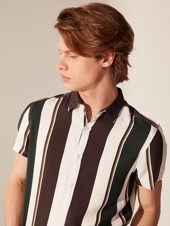%100 Viskoz Dar Kısa Kol Çizgili Gömlek Düğmesiz Slim Fit Çizgili Viskon Gömlek