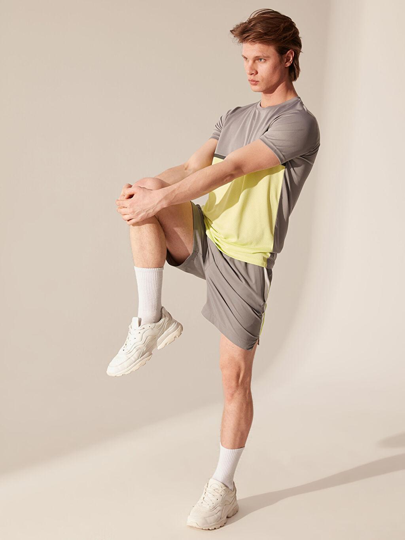 %100 Polyester Çizgili Standart Kısa Kol Tişört Bisiklet Yaka Renk Bloklu Aktif Spor Tişört