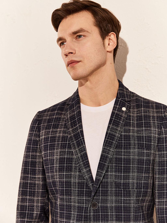 %60 Polyester %3 Elastan %37 Viskoz %100 Polyester  Normal Kalıp Ekose Blazer Ceket