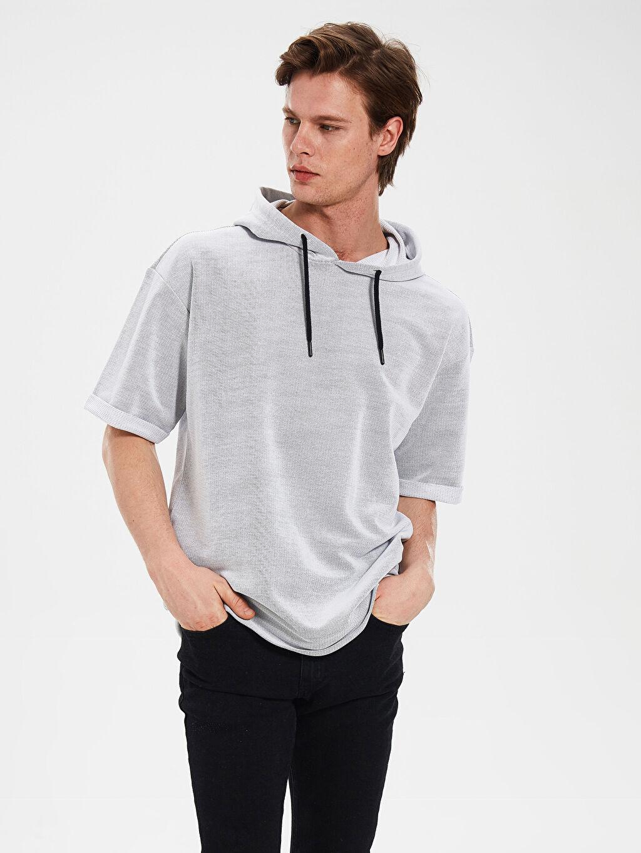 Gri Kapüşonlu Basic Sweatshirt 0SJ172Z8 LC Waikiki