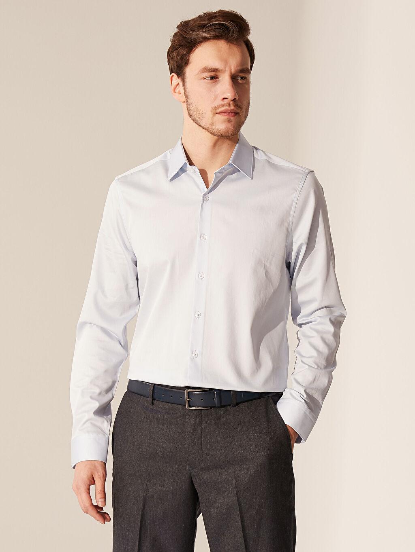 Mavi Slim Fit Pamuklu Gömlek 0SO049Z8 LC Waikiki