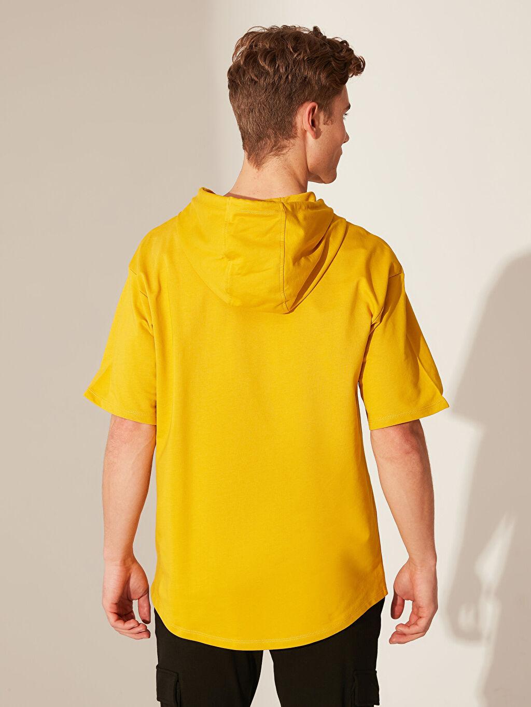 %81 Pamuk %19 Polyester Kapüşonlu Baskılı Kısa Kollu Sweatshirt