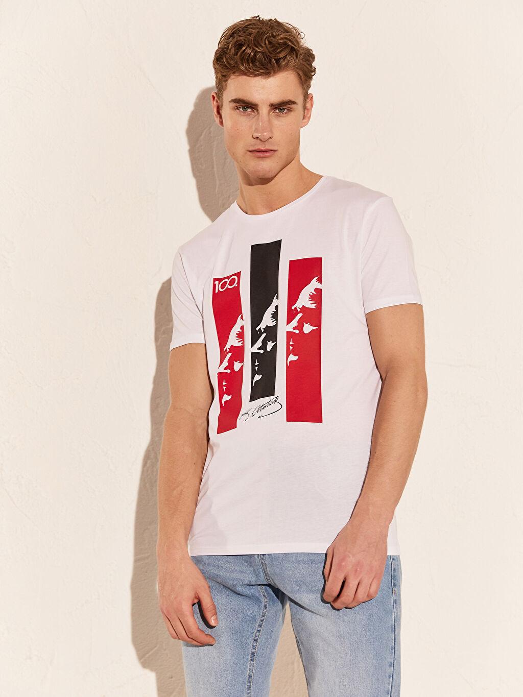 Beyaz Atatürk Baskılı Pamuklu Tişört 0SE042Z8 LC Waikiki