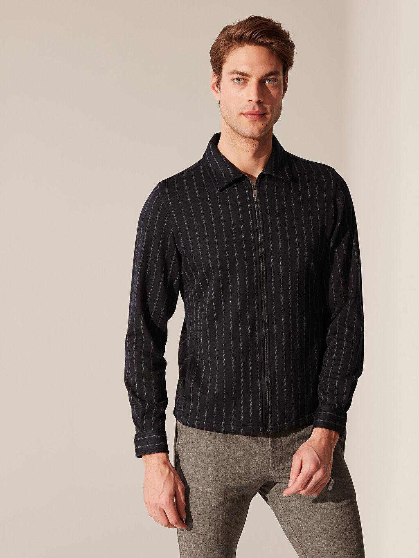 %74 Polyester %3 Elastan %23 Viskon Çizgili Dar Düğmesiz Uzun Kol Gömlek Slim Fit Çizgili Fermuarlı Gömlek