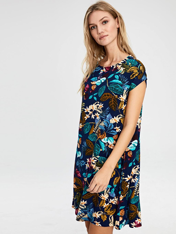 Lacivert Desenli Viskon Elbise 0S1327Z8 LC Waikiki