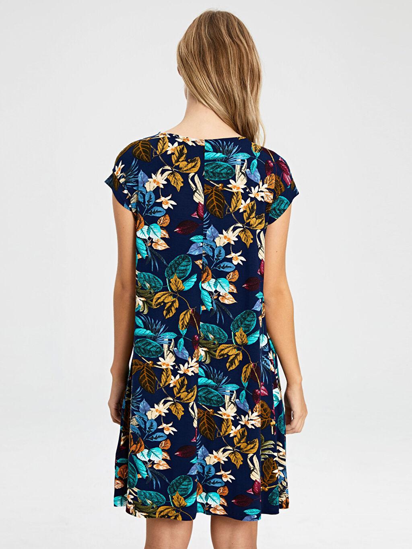 %97 Viskon %3 Elastan Diz Altı Desenli Kısa Kol Desenli Viskon Elbise