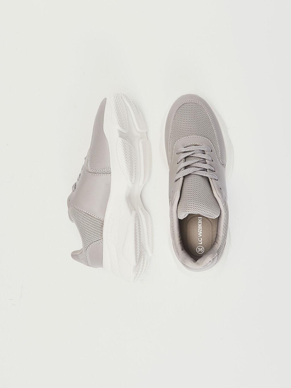 Tekstil malzemeleri Diğer malzeme (poliüretan) Tekstil malzemeleri  Ayakkabı