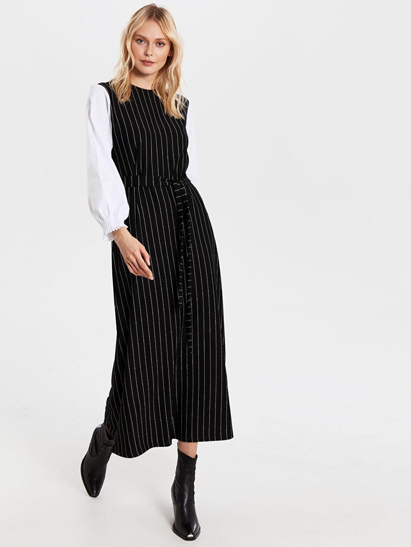 %25 Polyester %73 Viskoz %2 Elastan Uzun Çizgili Kolsuz Uzun Çizgili Kolsuz Elbise