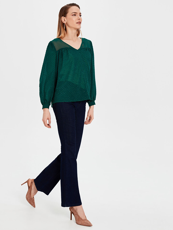 %100 Polyester İşleme Detaylı Bluz
