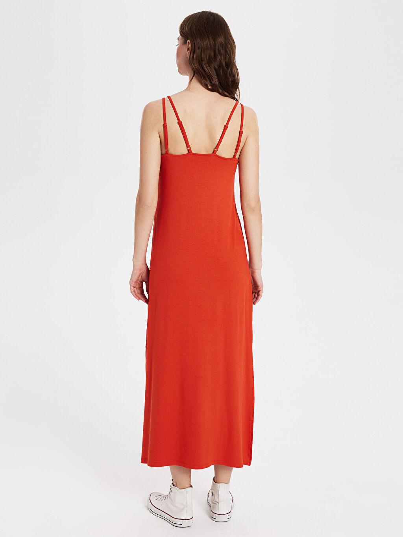Kadın Yırtmaç Detaylı Viskon Uzun Salaş Elbise