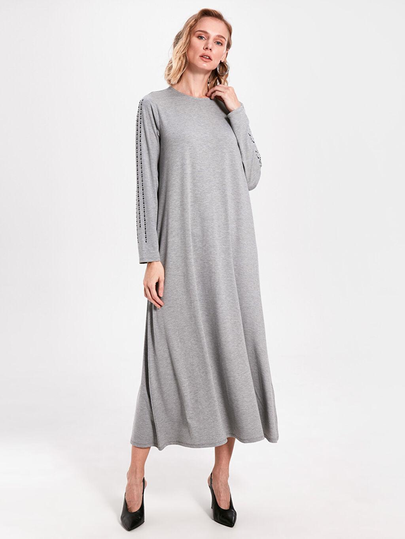 %62 Polyester %33 Viskon %5 Elastan Uzun Düz Uzun Kol Aplike Detaylı Uzun Elbise