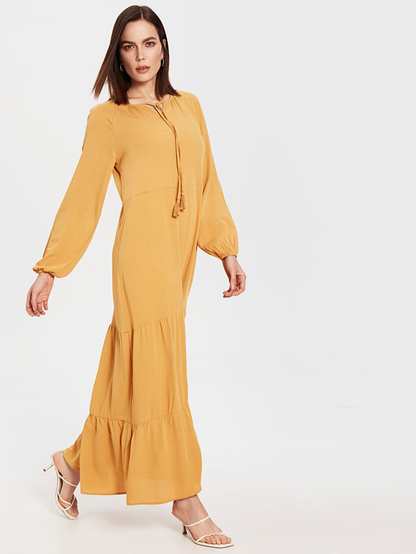 Sarı Yaka Detaylı Uzun Salaş Elbise 0SH342Z8 LC Waikiki