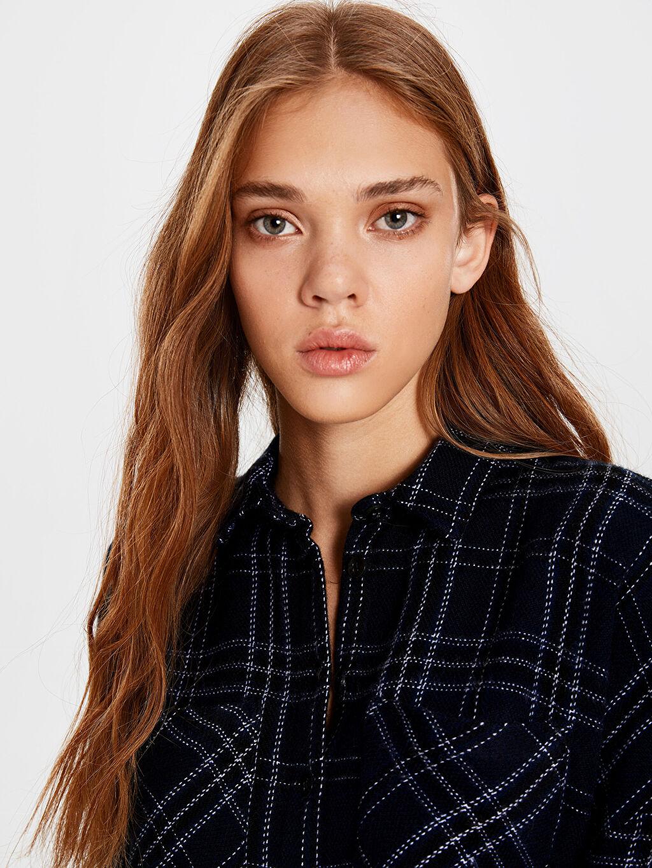 Kadın Püskül Detaylı Ekose Gömlek