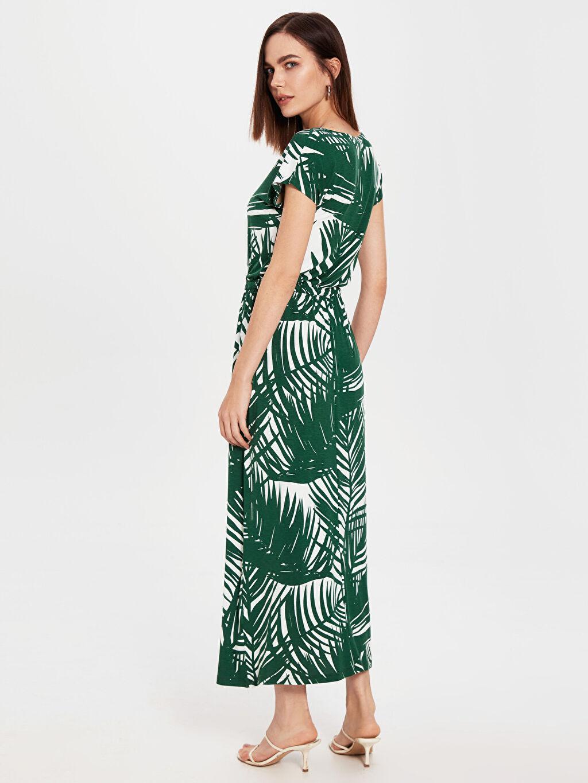 %97 Viskon %3 Elastan Bağlama Detaylı Desenli Viskon Elbise