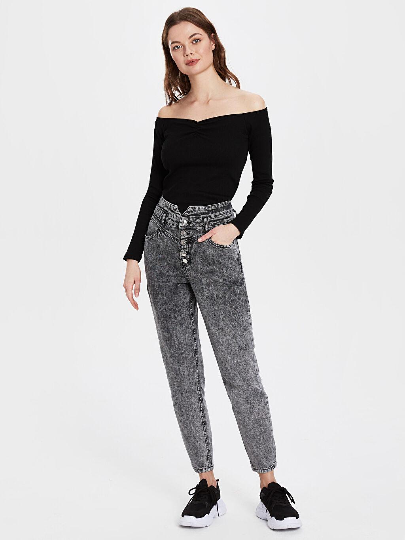%100 Pamuk Yüksek Bel Bol Jean Bel Detaylı Mom Jean Pantolon