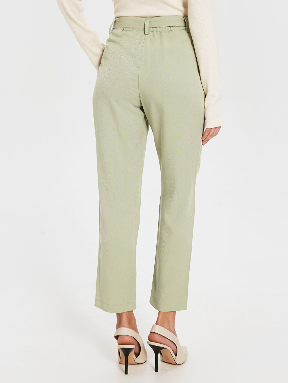 Kadın Bilek Boy kemerli Pantolon
