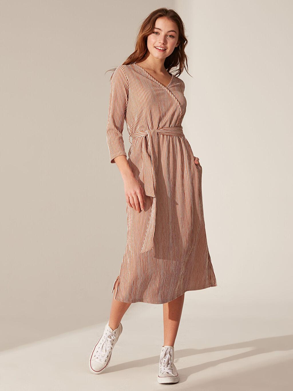 Kadın Kuşaklı Çizgili Elbise