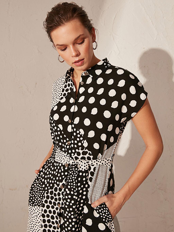 %100 Vıscose Uzun Desenli Kısa Kol Kuşaklı Desenli Gömlek Elbise