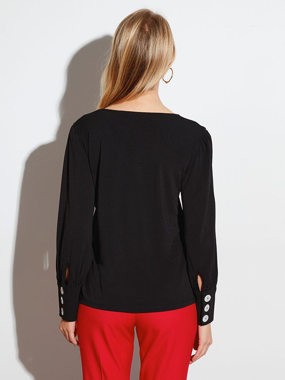 %95 Polyester %5 Elastan V Yaka Esnek Bluz