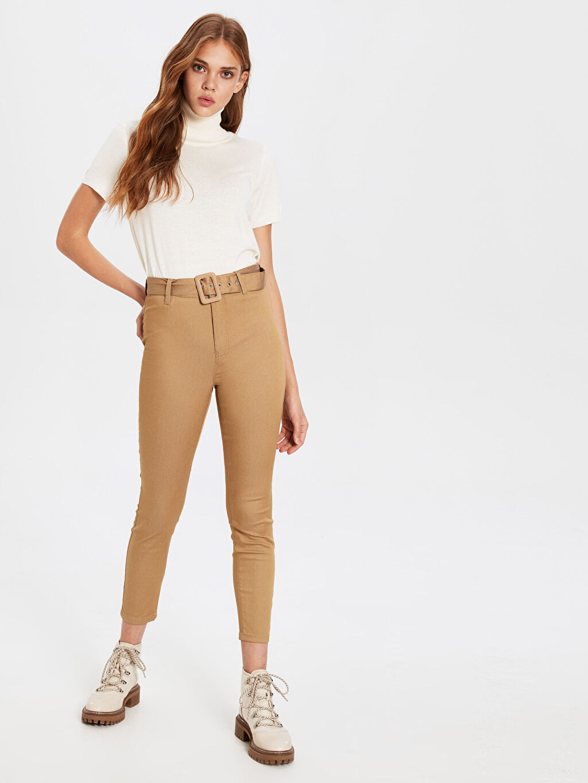 Bej Kemerli Skinny Pantolon 0SL301Z8 LC Waikiki