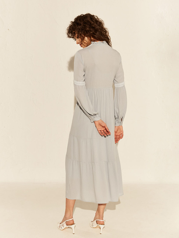 %100 Viskoz Dantel Detaylı Viskon Elbise