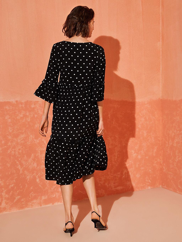 %100 Viskoz Desenli Fırfır Detaylı Viskon Elbise
