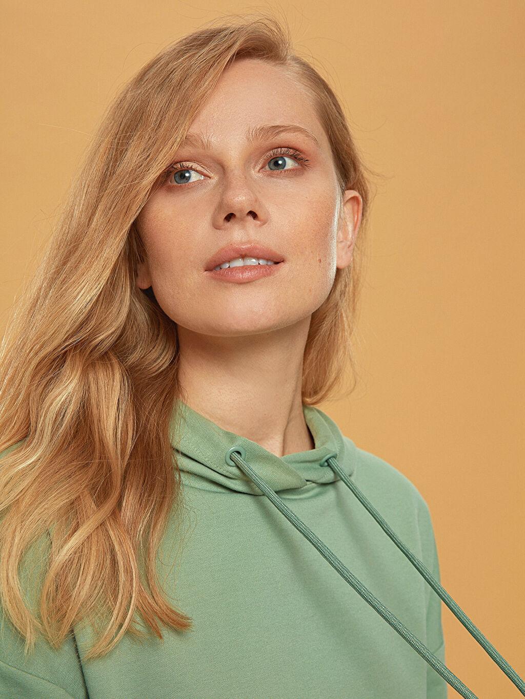 Kadın Kapüşonlu Oversize Sweatshirt
