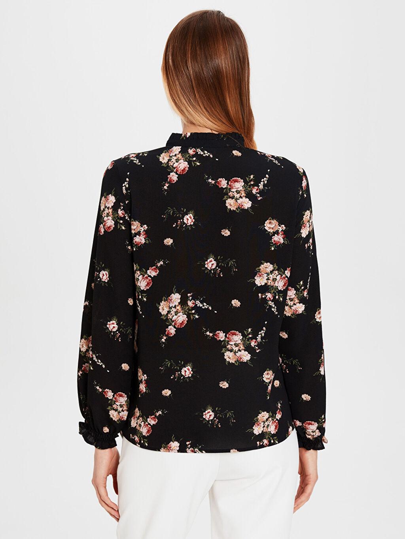 Kadın Fır Fır Detaylı Çiçek Desenli Bluz