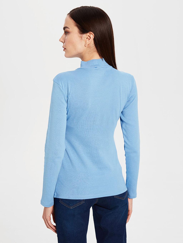Kadın Yarım Balıkçı Yaka Pamuklu Tişört