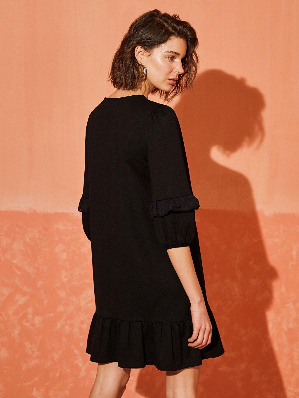 Siyah Fırfır Detaylı Viskon Elbise