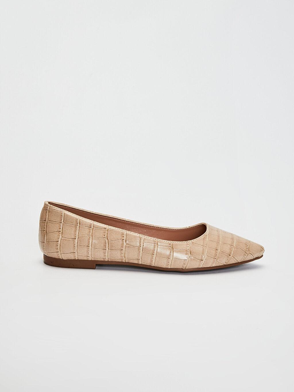 Bej Kadın Kroko Desenli Babet Ayakkabı 0SB886Z8 LC Waikiki