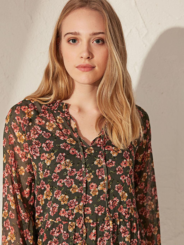 %100 Polyester Çiçek Desenli Şifon Elbise