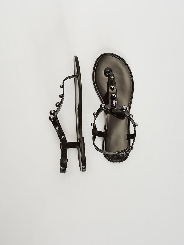 Diğer malzeme (pvc)  Kadın Boncuk Detaylı Parmak Arası Sandalet