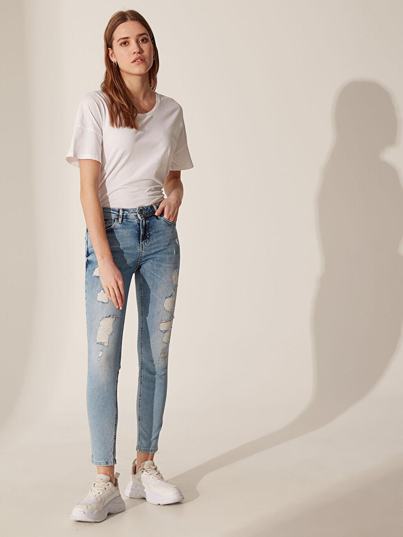 %98 Pamuk %2 Elastan Normal Bel Dar Jean Yıpratma Detaylı Skinny Jean Pantolon