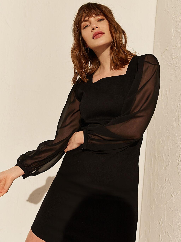 %26 Polyester %4 Elastan %70 Viskoz Diz Üstü Düz Uzun Kol Tül Detaylı Kare Yaka Elbise