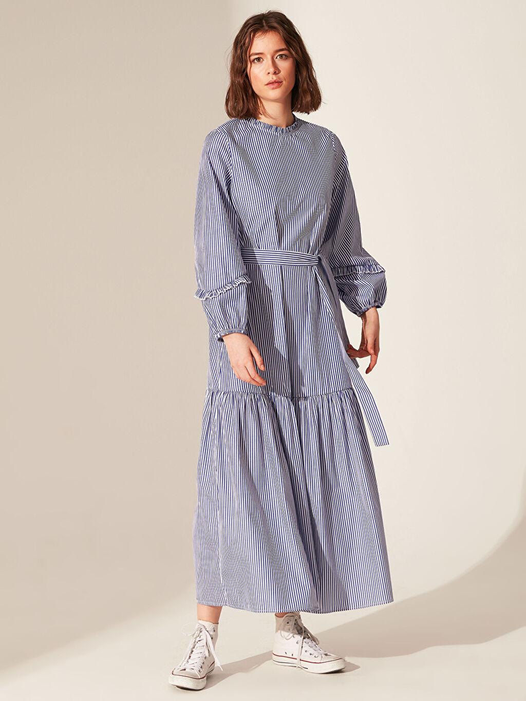 Mavi Kuşaklı Çizgili Uzun Elbise 0SP245Z8 LC Waikiki