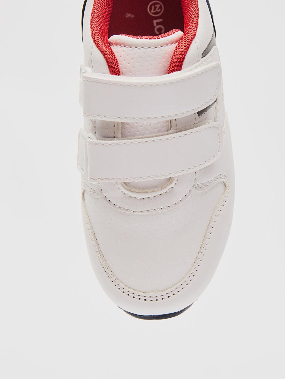 LC Waikiki Beyaz Erkek Çocuk Cırt Cırtlı Spor Ayakkabı