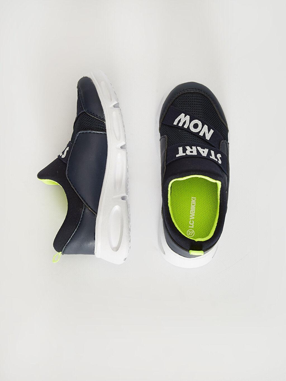 %0 Diğer malzeme (pvc) %0 Tekstil malzemeleri ( %100 polyester)  Erkek Çocuk Slip On Aktif Spor Ayakkabı