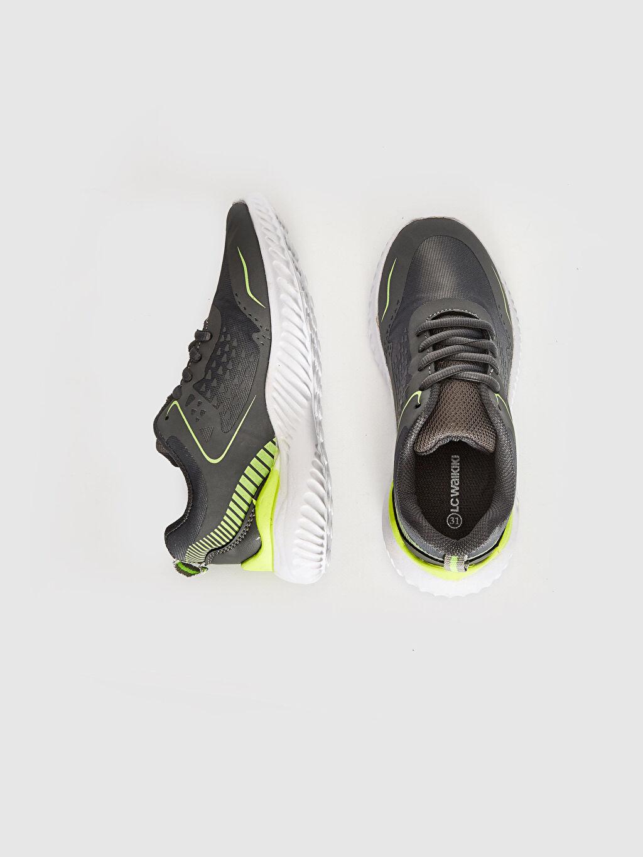 %0 Diğer malzeme (poliüretan) %0 Tekstil malzemeleri (%100 poliester)  Erkek Çocuk Aktif Spor Ayakkabı