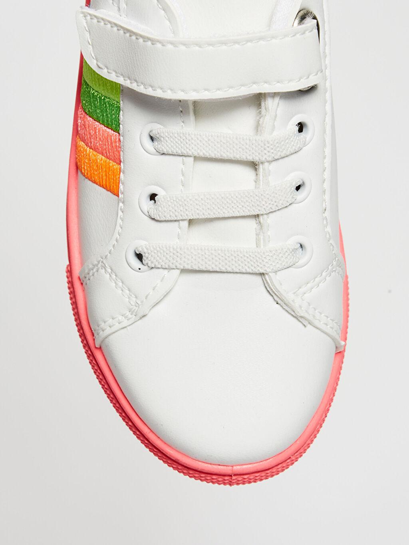 LC Waikiki Beyaz Kız Çocuk Cırt Cırtlı Günlük Ayakkabı