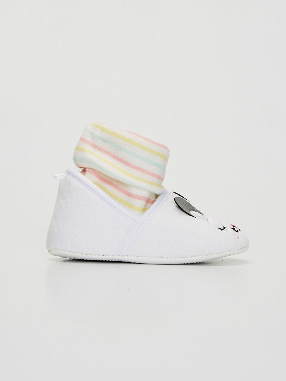 Beyaz Kız Bebek Çoraplı Ev Ayakkabısı 0S3044Z1 LC Waikiki