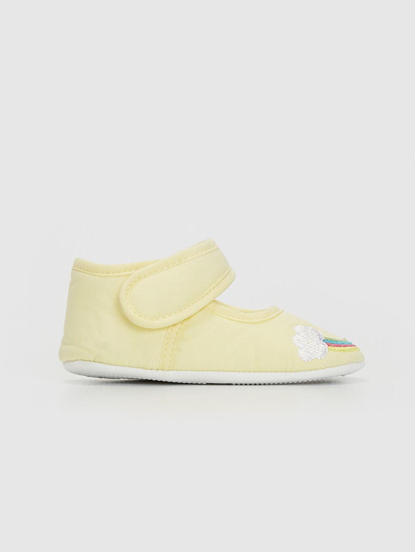 Sarı Kız Bebek Cırt Cırtlı Yürüme Öncesi Ayakkabı 0SG374Z1 LC Waikiki