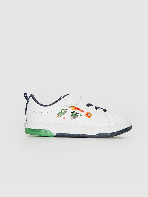 Beyaz Erkek Bebek Işıklı Günlük Spor Ayakkabı 0SG558Z1 LC Waikiki