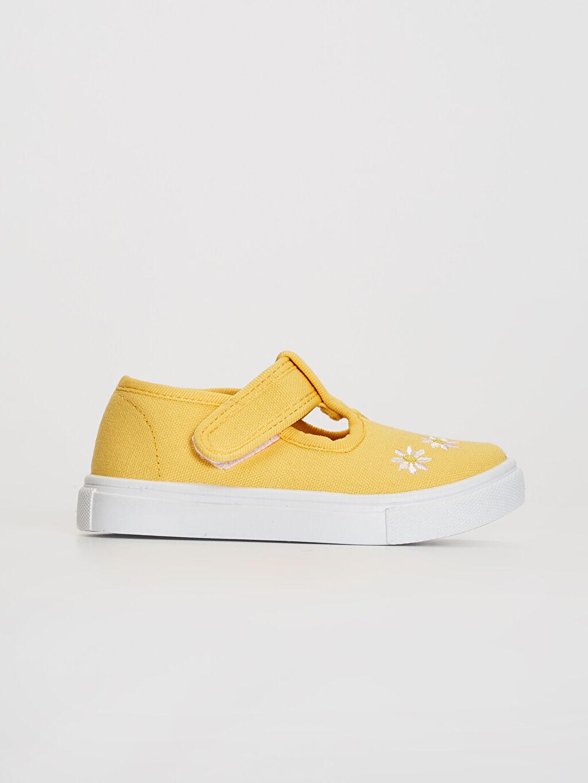 Sarı Kız Bebek Nakış Detaylı Babet Ayakkabı 0SA410Z1 LC Waikiki