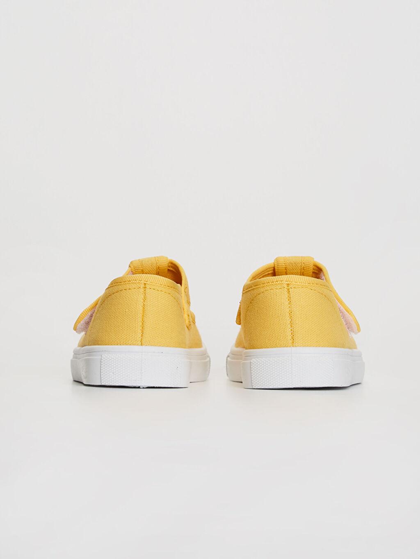 Kız Bebek Nakış Detaylı Babet Ayakkabı
