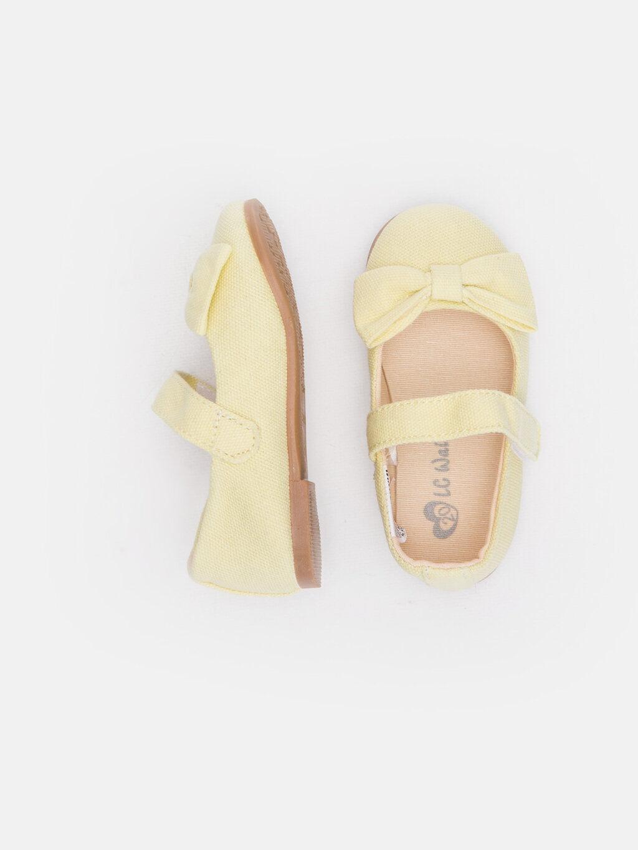 Sarı Kız Bebek Babet Ayakkabı 9SS439Z1 LC Waikiki